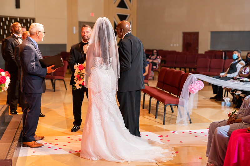 CharlieandCasandra_Wedding-379.jpg