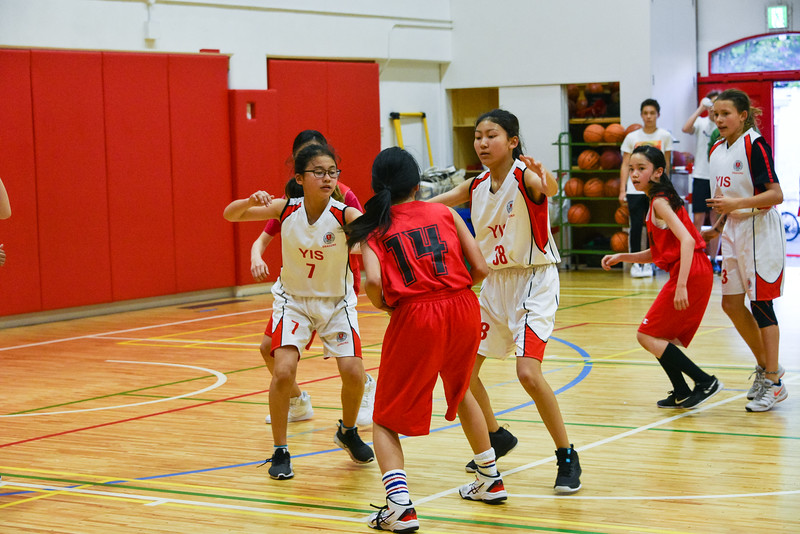 YIS Athletics-MS Girls Basketball-YIS_1428-2018-19.jpg