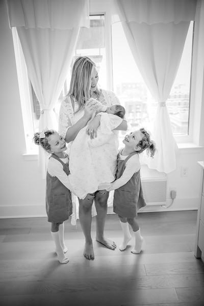 bw_newport_babies_photography_hoboken_at_home_newborn_shoot-5381.jpg