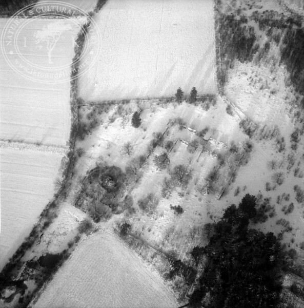 Gamla Oregården, 1km south Stenestad | EE.1828