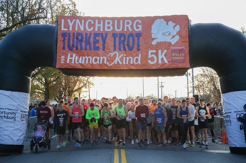 2019 Lynchburg Turkey Trot 068.jpg