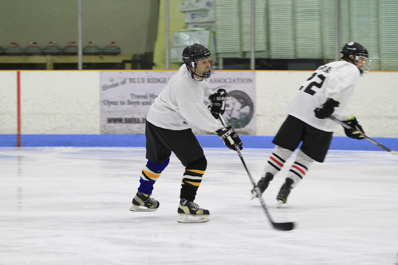 Memorial Hockey Game-22.jpg