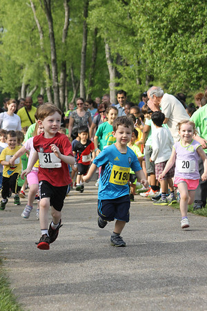 Kids on the Run - Photos by Steve Zuraf