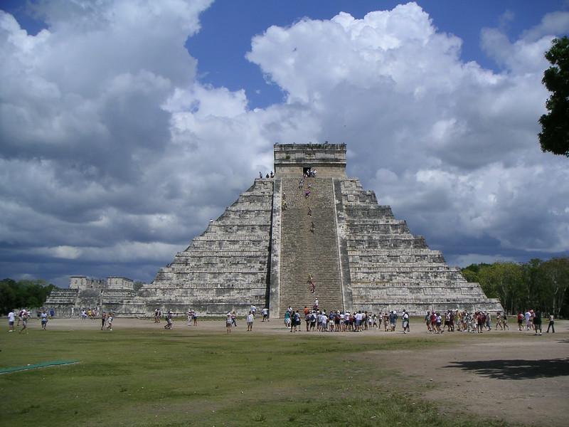 21 Pyramid of Kukulcan.jpg
