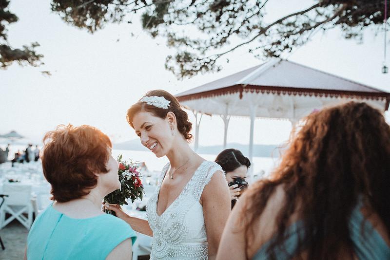 Tu-Nguyen-Wedding-Photography-Hochzeitsfotograf-Destination-Hydra-Island-Beach-Greece-Wedding-138.jpg