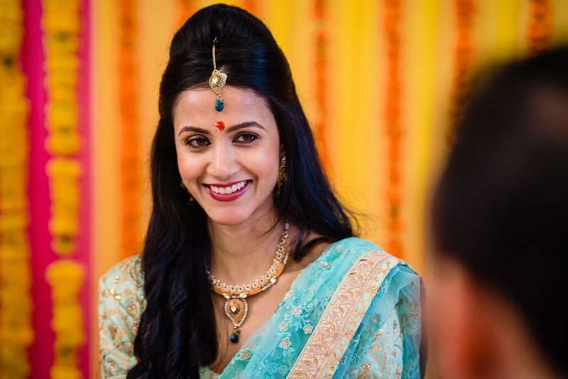 Candid Wedding Photographer Ahmedabad-1-46.jpg