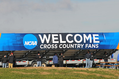 Men's Pre-Race & Start - 2013 NCAA D1 XC Championships