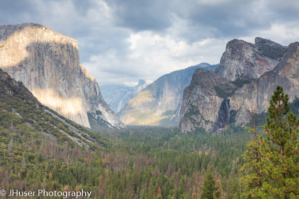 Tunnel view of the Valley in Yosemite National Park