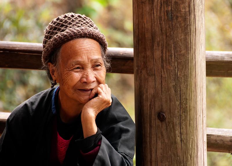 Old woman, Pin An, China