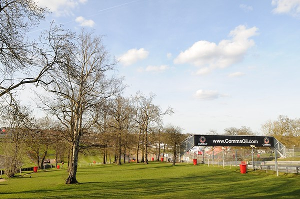 Brands Hatch (11-Apr-15)