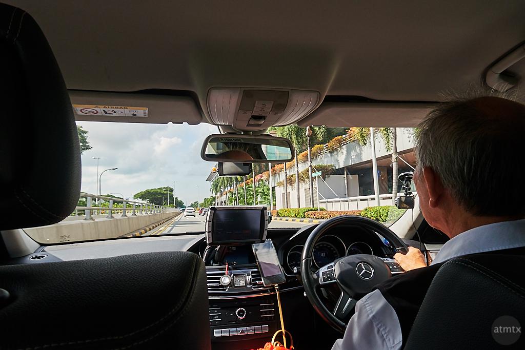 Mercedes-Benz Taxi - Singapore