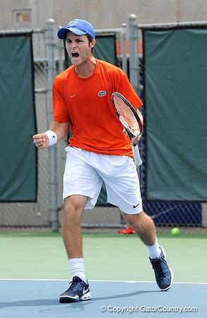Super Photo Gallery: UF Men's Tennis vs. Arkansas, 4/5/09