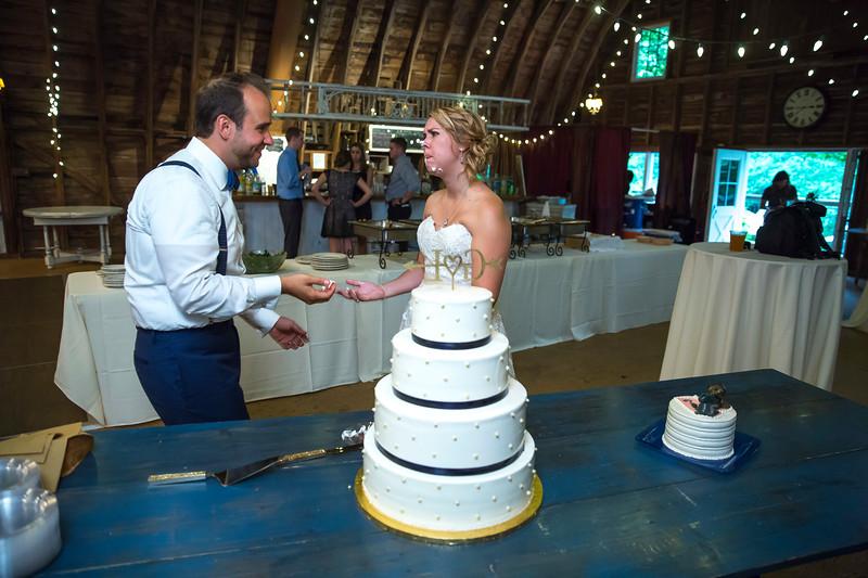 Garrett & Lisa Wedding (616).jpg