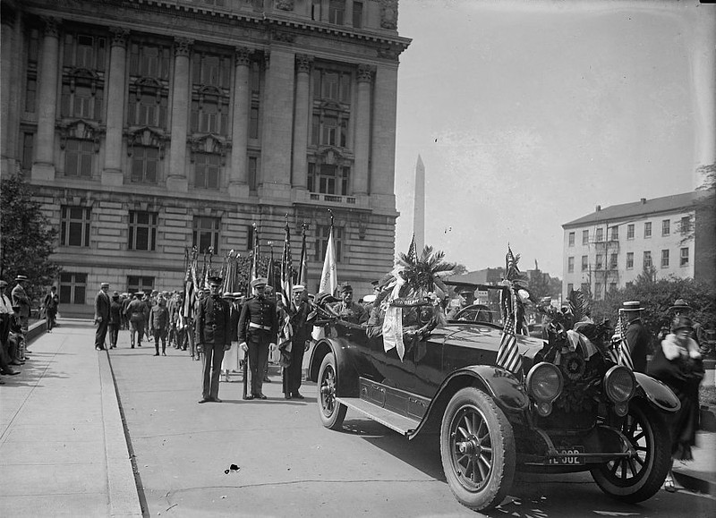 . American Legion, Memorial Day Parade, May, 1925.  Courtesy the Library of Congress