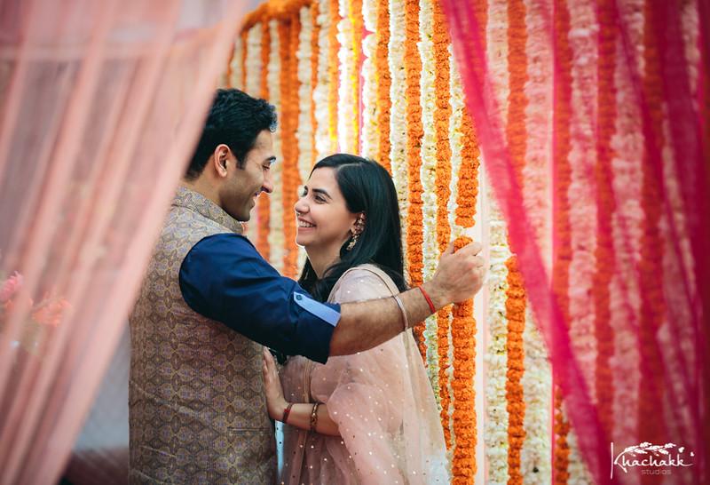 best-candid-wedding-photography-delhi-india-khachakk-studios_13.jpg