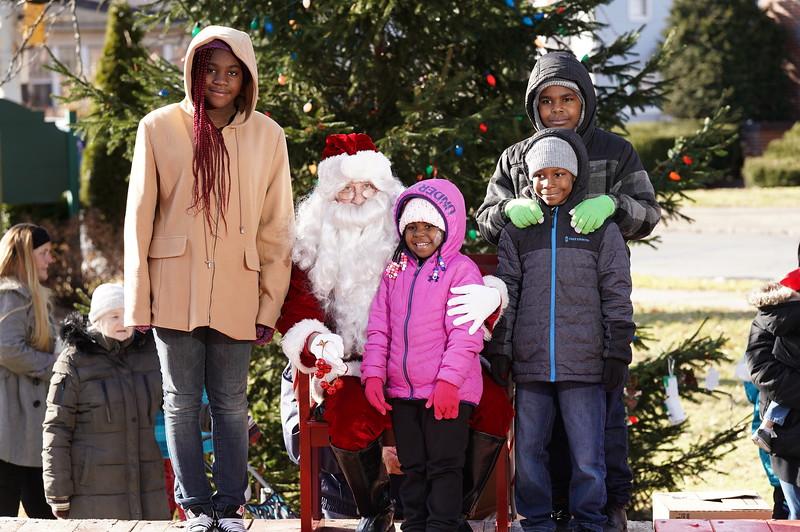 Santa In The Park 20190017.JPG