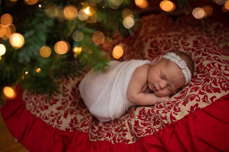 Kaylyn Newborn-121.jpg