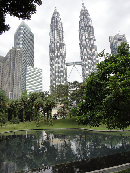 Petronas Twin Towers KL (17).JPG