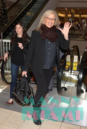 11-28-18 - Annie Leibovitz at Neiman Marcus