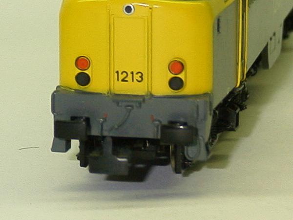 3168_1 ns 1213 detail 2 luchtslangen.JPG