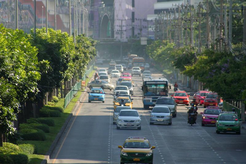Ratchadaphisek-bangkok-flickr-copyright-Jonas.jpg