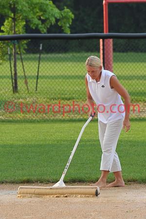 2010 CHS Softball - Linn-Mar