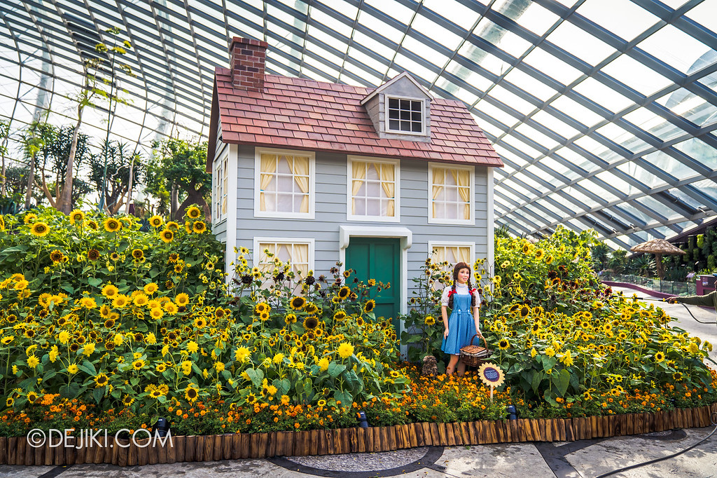 Gardens by the Bay – Sunflower Surprise / Dorothy