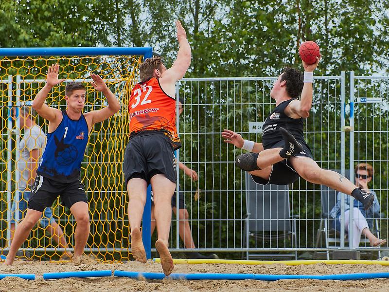 Molecaten NK Beach Handball 2017 dag 1 img 418.jpg