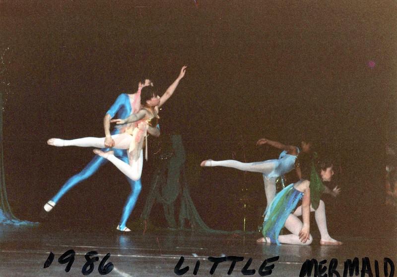 Dance_2046_a.jpg