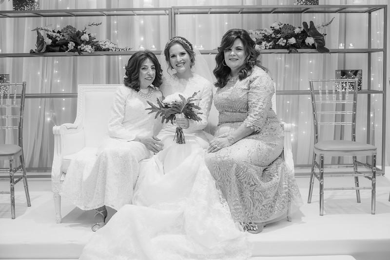 Miri_Chayim_Wedding_BW-406.jpg