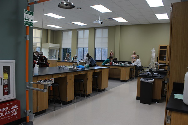New Akron University 'Wet Lab' opens in Medina
