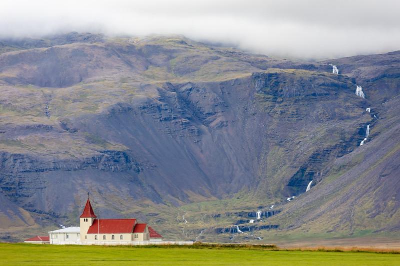 on the road - Snæfellsnes Peninsula