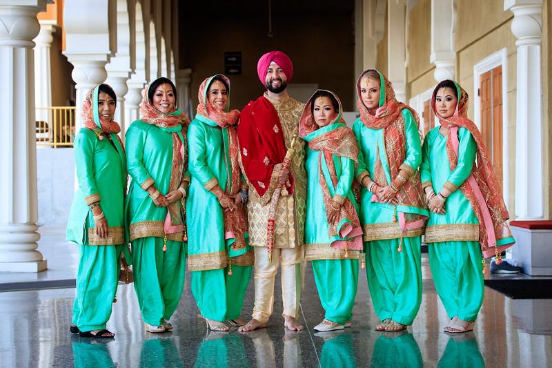 Neelam_and_Matt_Gurdwara_Wedding-1553.jpg