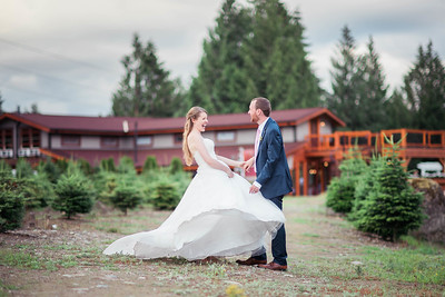Trinity Tree Farm Wedding | Aimee and David | Seattle Wedding Photographer
