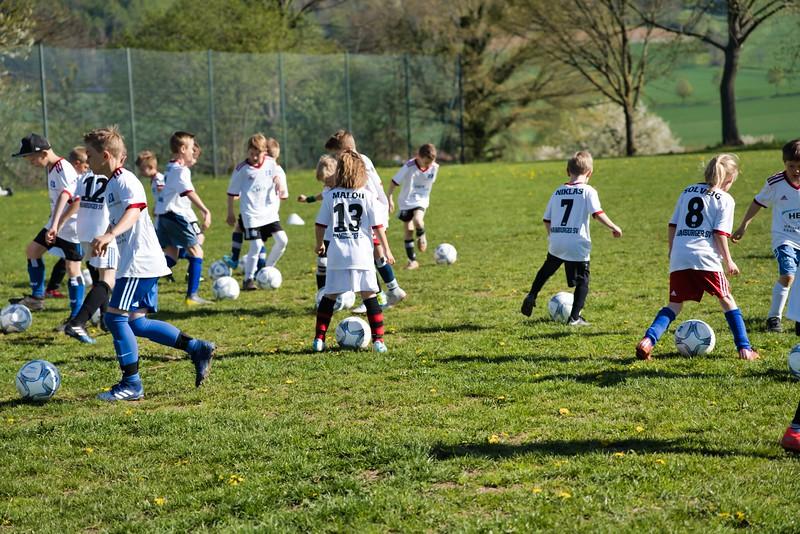 hsv-fussballschule---wochendendcamp-hannm-am-22-und-23042019-c-20_46814450115_o.jpg