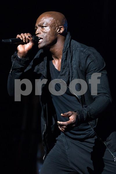 Seal in Concert - Los Angeles, Calif