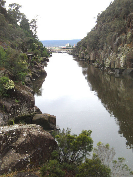 Apart from the outdoor stores, the best thing in Launceston is Cataract Gorge - a short walk from the centre of this sleepy town (which is the second biggest in this slumbering state).