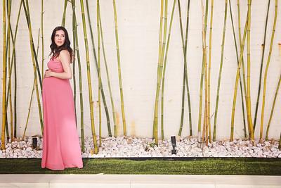 Nguyen Family + Maternity