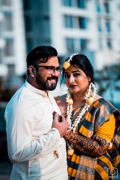 Ashna & Farhan Holud