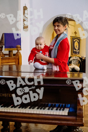 © Bach to Baby 2019_Alejandro Tamagno_Teddington_2019-12-15 024.jpg