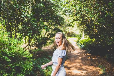 Abby | Senior | MaClay Gardens