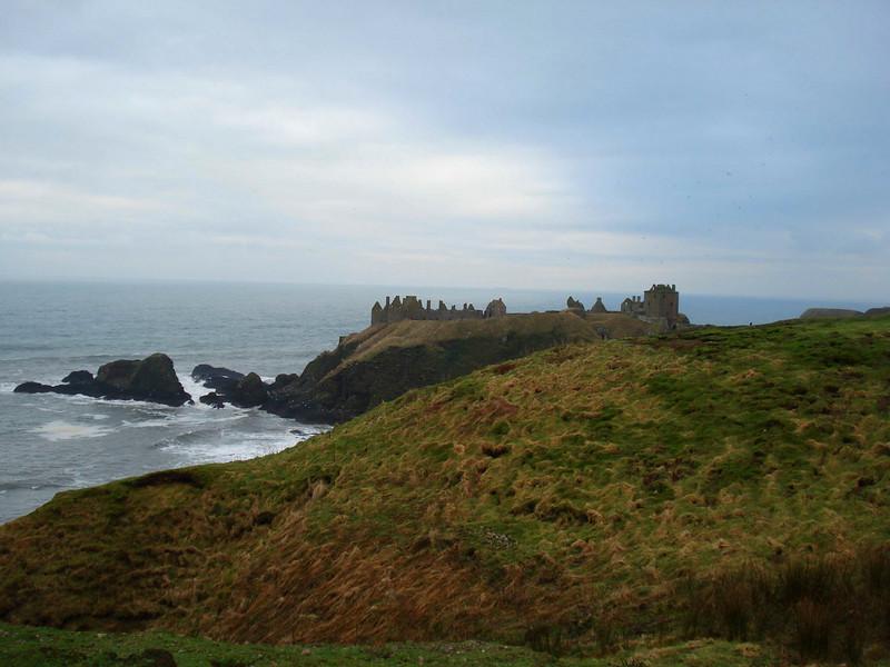 Dunnoattar_Castle_7.jpg