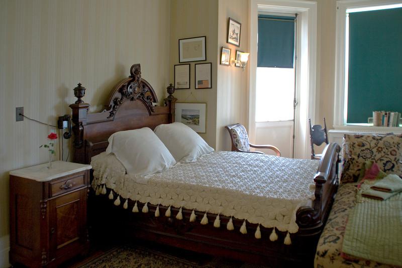 Bedroom A 2.jpg