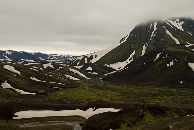 Horft frá Veðurhálsi að Strút