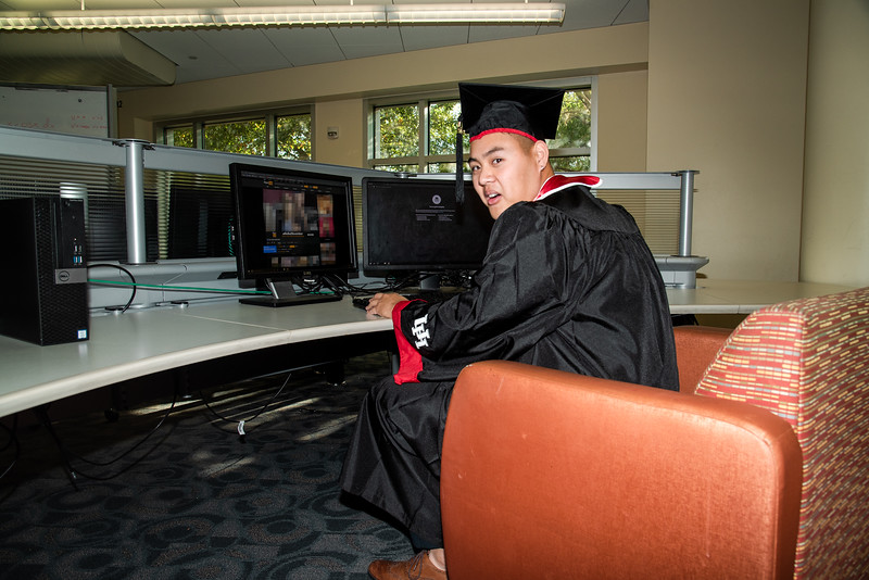 Alvin_College_Graduation_Photoshoot_2019-19.jpg