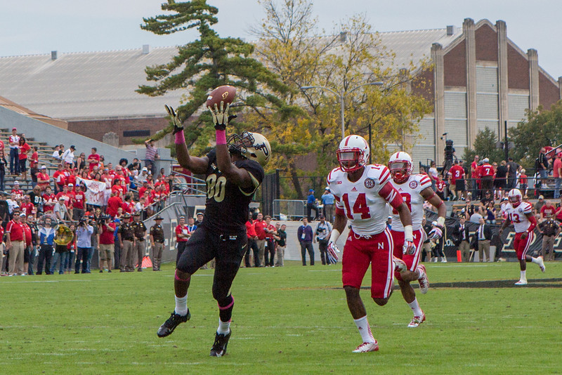 David Yancey (80) makes a touchdown catch in the fourth quarter of the Big Ten Conference game between the Purdue Boilermakers and the Nebraska Cornhuskers on October 12, 2013