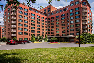 Rosslyn Apartments