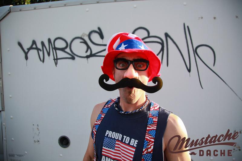 Mustache_Dache_Los_Angeles_Focal_Finder-12.jpg