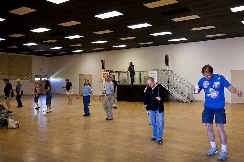 5973 Dancers med.jpg
