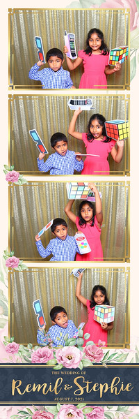 Alsolutely Fabulous Photo Booth 024604.jpg